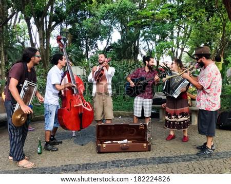 EMBU DAS ARTES, SAO PAULO - JANUARY 19: Unknown street band performance in Embu das Artes, Sao Paulo on January 19, 2014 in Sao Paulo, Brazil - stock photo