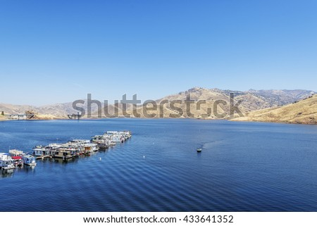 Lake kaweah stock photos royalty free images vectors for Lake kaweah fishing