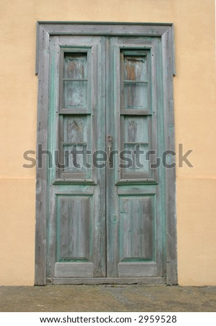 entrance door of an old house on the canary islands