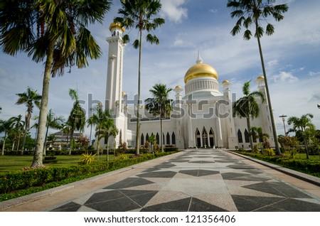 Entrance path to Omar Ali Saifuddien mosque in Bandar Seri Begawan in Brunei, Borneo. - stock photo