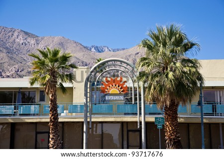 Entrance to the uptown area of Palm Springs with the Mount San Jacinto Mountains in the background