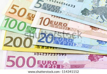 Euro banknotes. Five to five hundred