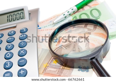 Euro banknotes magnifier and calculator