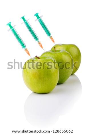 Experiment with apple and syringes