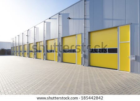 Yellow Door Stock Images Royalty Free Images Vectors Shutterstock
