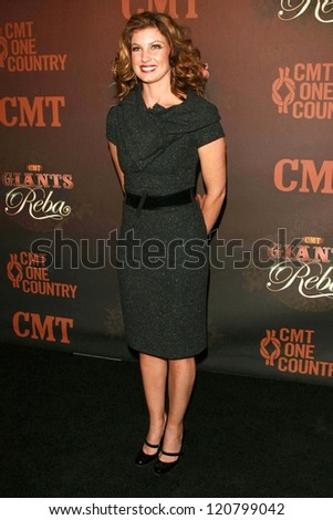 Faith Hill at the CMT Giants honoring Reba McEntire. Kodak Theatre, Hollywood, CA. 10-26-06