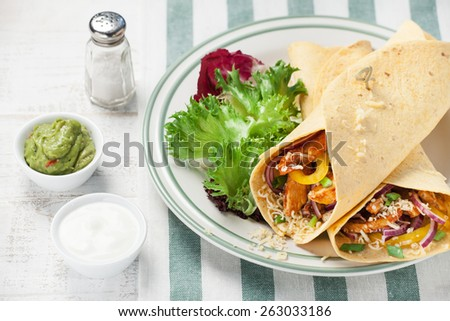 Fajitas with chicken and vegetables