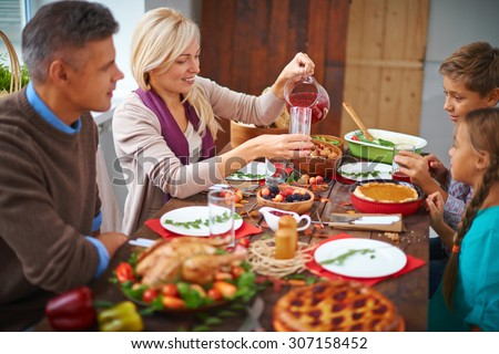Family dinning together - stock photo