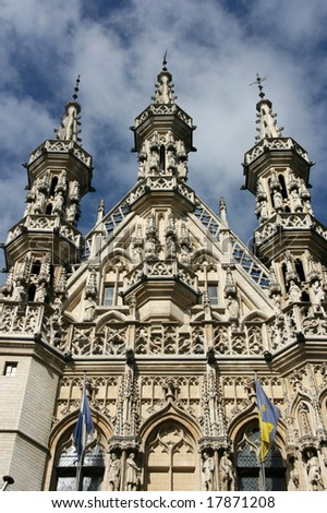 Famous Leuven Town Hall, landmark of Flemish Brabant region in Belgium. Architecture in Brabantine Late Gothic style. Build in 1448-1469 on Grote Markt (Main Square).
