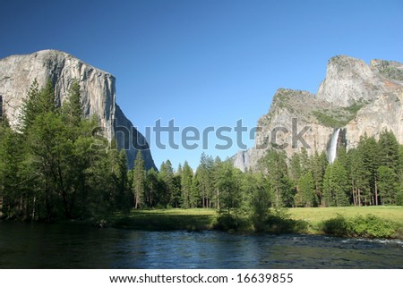 Famous natural landmark destination El Capitan, one of the magnificent mountains in Yosemite. Yosemite national park. California. USA