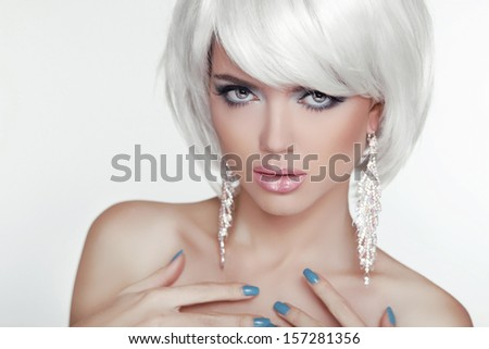 Fashion Sexy Blond Woman Portrait with White Short Hair. Luxury Girl. Jewelry. Haircut and Makeup. Hairstyle. Make up. Vogue Style. Glamour Model Photo - stock photo
