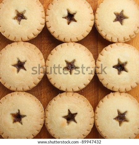 Festive shortcrust pastry mince pies - stock photo