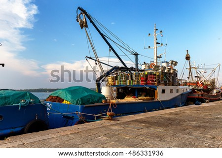 Fishing boat waiting to go out