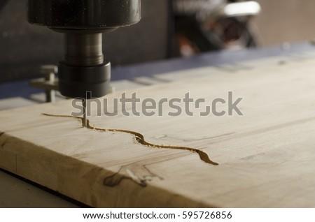 cnc machine working wood. flatbed cnc machine working cnc wood o
