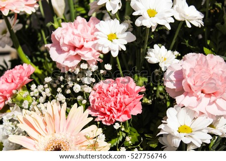 Floral Centerpiece with Carnation