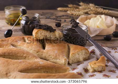 Fougasse Stock Images, Royalty-Free Images & Vectors ...