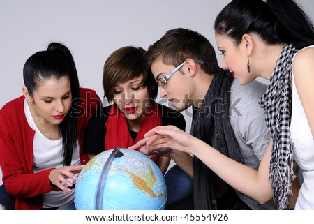four teens choosing destination