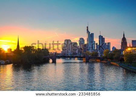 Frankfurt am Maine cityscape at sunset