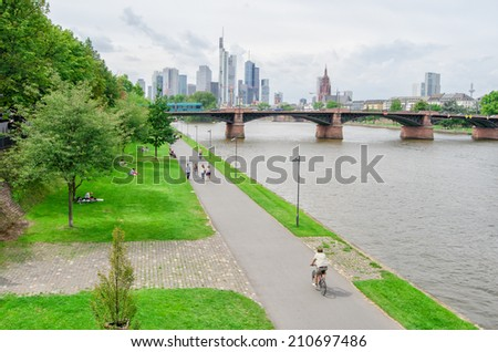 Frankfurt skyline with an embankment on the foreground