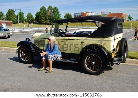 1930 Yellow Ford Stock Photos Royalty Free Images