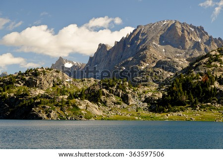 Fremont Peak and Island Lake,  The Wind River Range, Rocky Mountains, Wyoming - stock photo