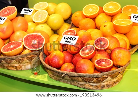 Fresh citrus fruits with GMO free label