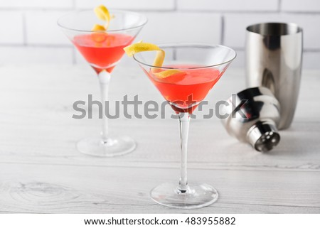 Fresh home made cosmopolitan cocktails with garnish