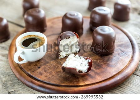Fresh marshmallows with two cups of coffee - stock photo