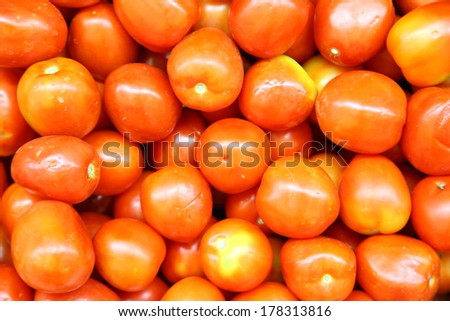 Fresh Red Tomatoes Background
