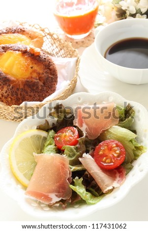 freshness vegetable and uncured ham salad with bread and juice on backgrount