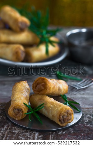 Fried Chinese duck spring rolls and sweet chili dip