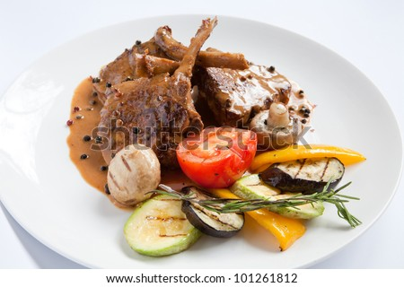 Fried meat from veal with grilled vegetable