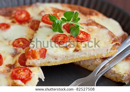 Frittata with cherry tomatoes