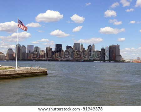 From Ellies Island you`ve got a perfekt view to the giant skyline of Manhattan.