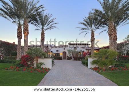 Front entrance fax8Dade of luxury villa