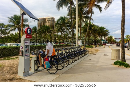 FT.LAUDERDALE, FL - JANUARY 13: Bicycle rental station at Las Olas Blvd and A1A intersection in Fort Lauderdale, Florida on January 13, 2016
