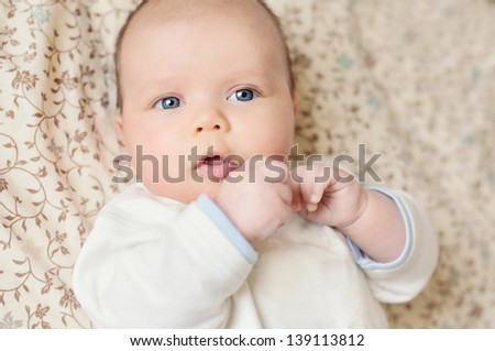 funny and sweet newborn portrait