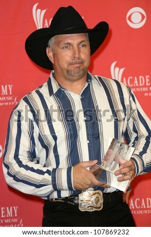 Garth Brooks  in the press room at The 43rd Annual Academy Of Country Music Awards. MGM Grand Hotel And Casino, Las Vegas, NV. 05-18-08