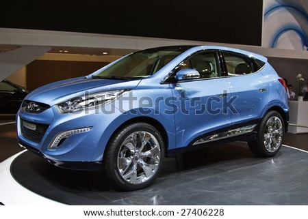 GENEVA - MARCH 7: Hyundai ix-onic  SUV on display at the 79th International Motor Show Palexpo-Geneva on March 7, 2009.