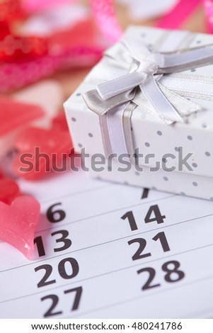 Gifts for February 14 on the calendar