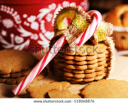 gingerbread cookies and christmas cane