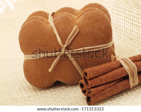Gingerbread with cinnamon and anise