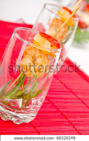 Glasses with king prawns