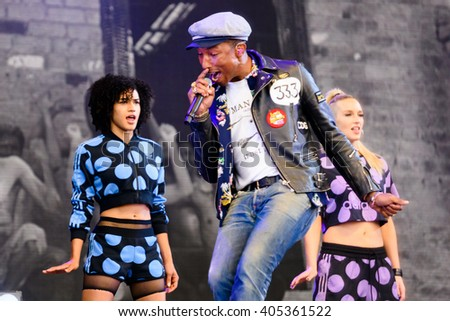 Glastonbury, Somerset, UK - June 27, 2015 - Pharrell Williams playing Glastonbury Festival's Pyramid Stage - stock photo