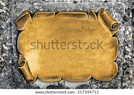 golden and antique blank plate