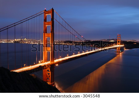 Golden Gate Bridge at dawn, classic view from the Marin headlands