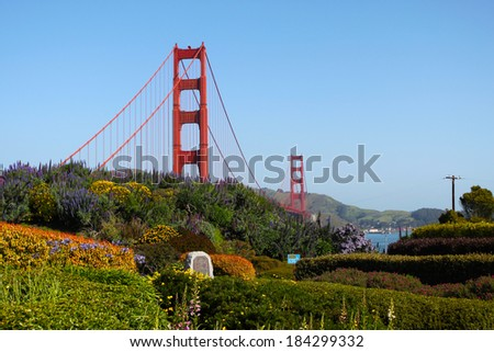 Golden gate bridge behind the garden