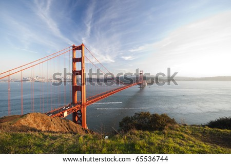 Golden Gate Bridge with San Francisco city in the background