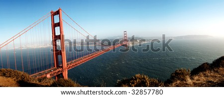 Golden gate bridge with San Fransisco in the background - stock photo