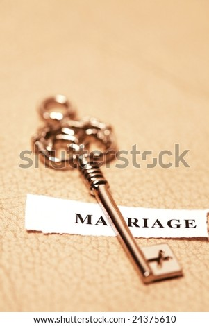 golden key for marriage